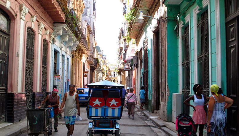 Wcuq-cuba-walking-hiking-11